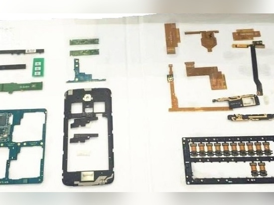 HGLaser applied in PCB processing.