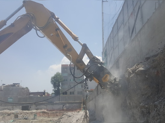 Case History: MB R-800 drum-cutter at work in Kuwait, proves its strenght.