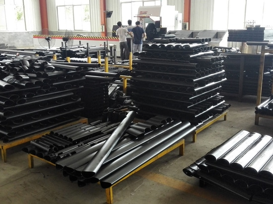 CNC Fiber Laser Pipe Cutting Machine P2060 For Square / Waist Round Tube In Our Customer Site