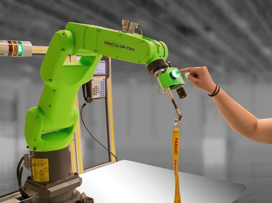[IMTS 2018] Lend the Robot a Hand