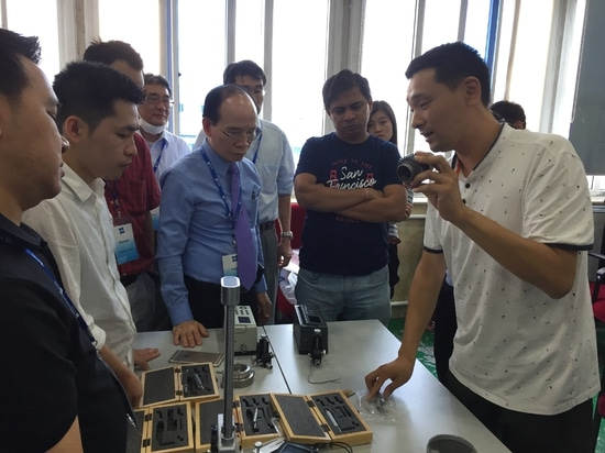 TIME surface roughness tester training