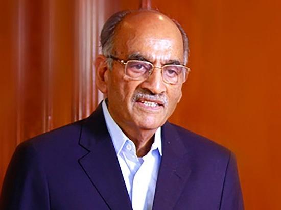 Mr. S.P. Oswal, Chairman, Vardhman Group