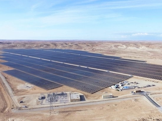 30 MW PV plant »Ashalim« in Israel, built by Belectric