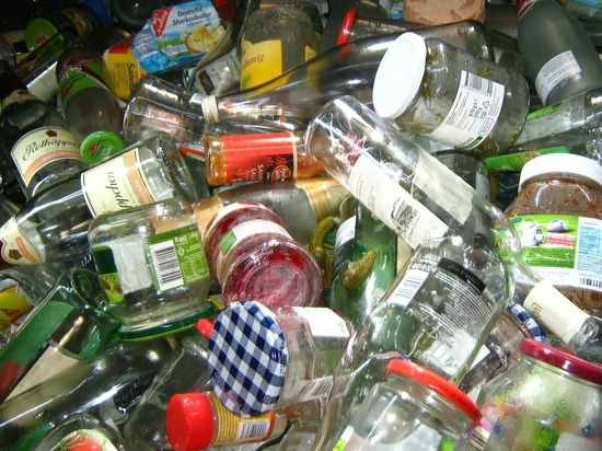 Glass Bottle Recycling Scheme Introduced in Hong Kong