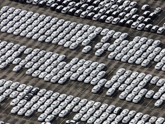 Autonomous Cars: New Technologies on the Road