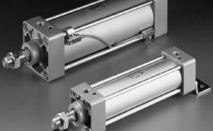 油圧と空気圧式アクチュエータ