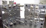 マルチキャビティ-プラスチック射出成形金型 / 大規模シリーズ / 小規模シリーズ / 外装部品