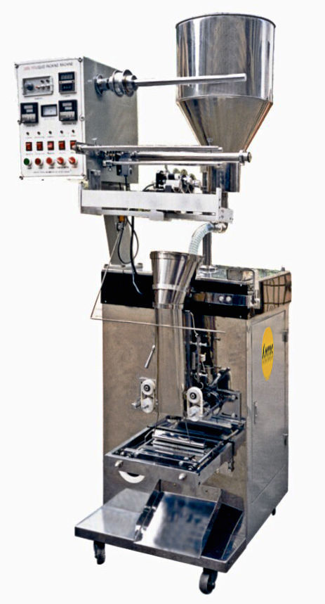 Low-viscosity liquid filling machine / sachet / automatic