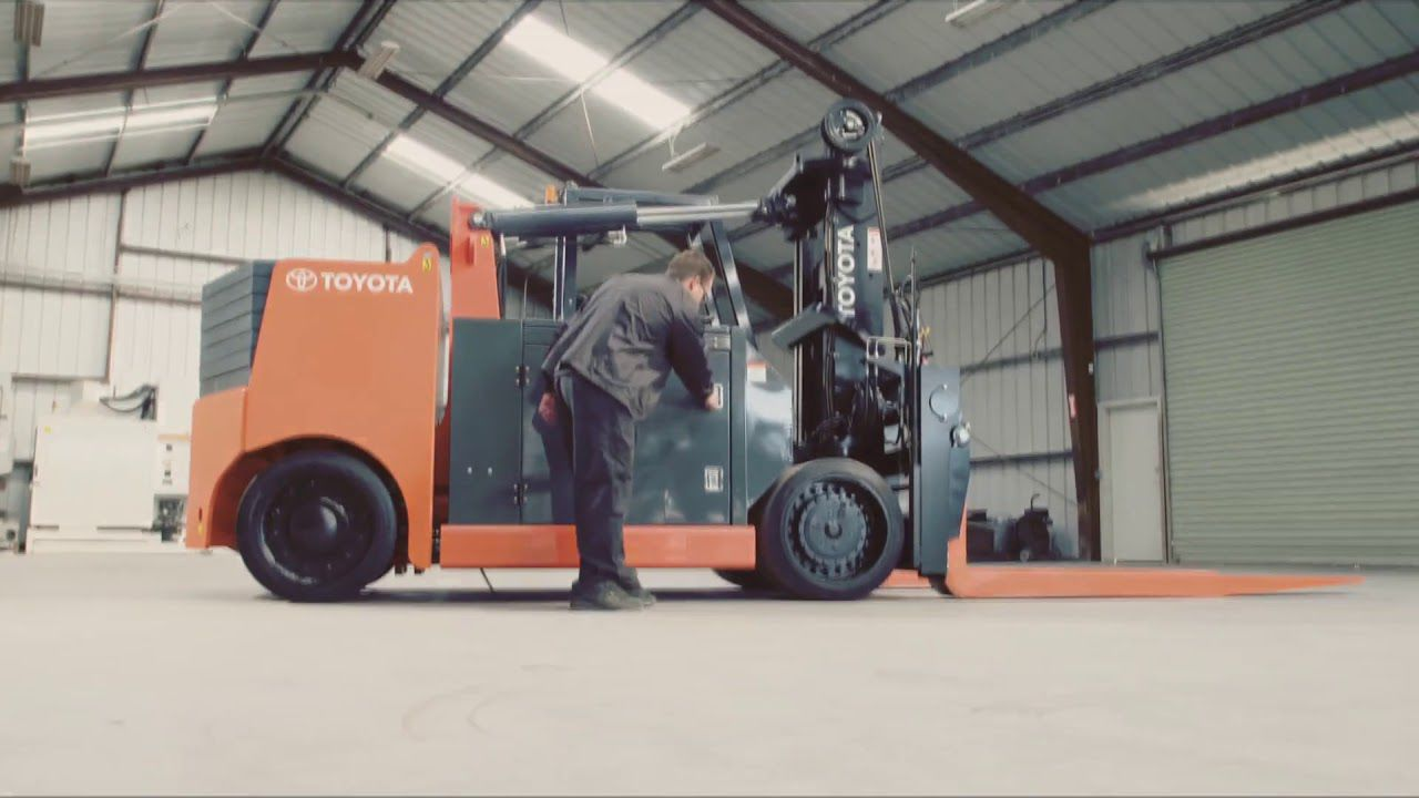 Combustion engine forklift / ride-on / industrial