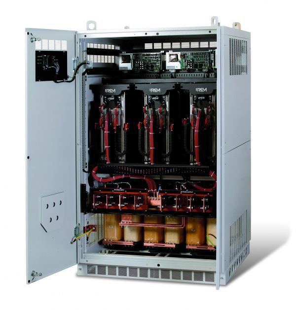 Three-phase voltage stabilizer / single-phase / static