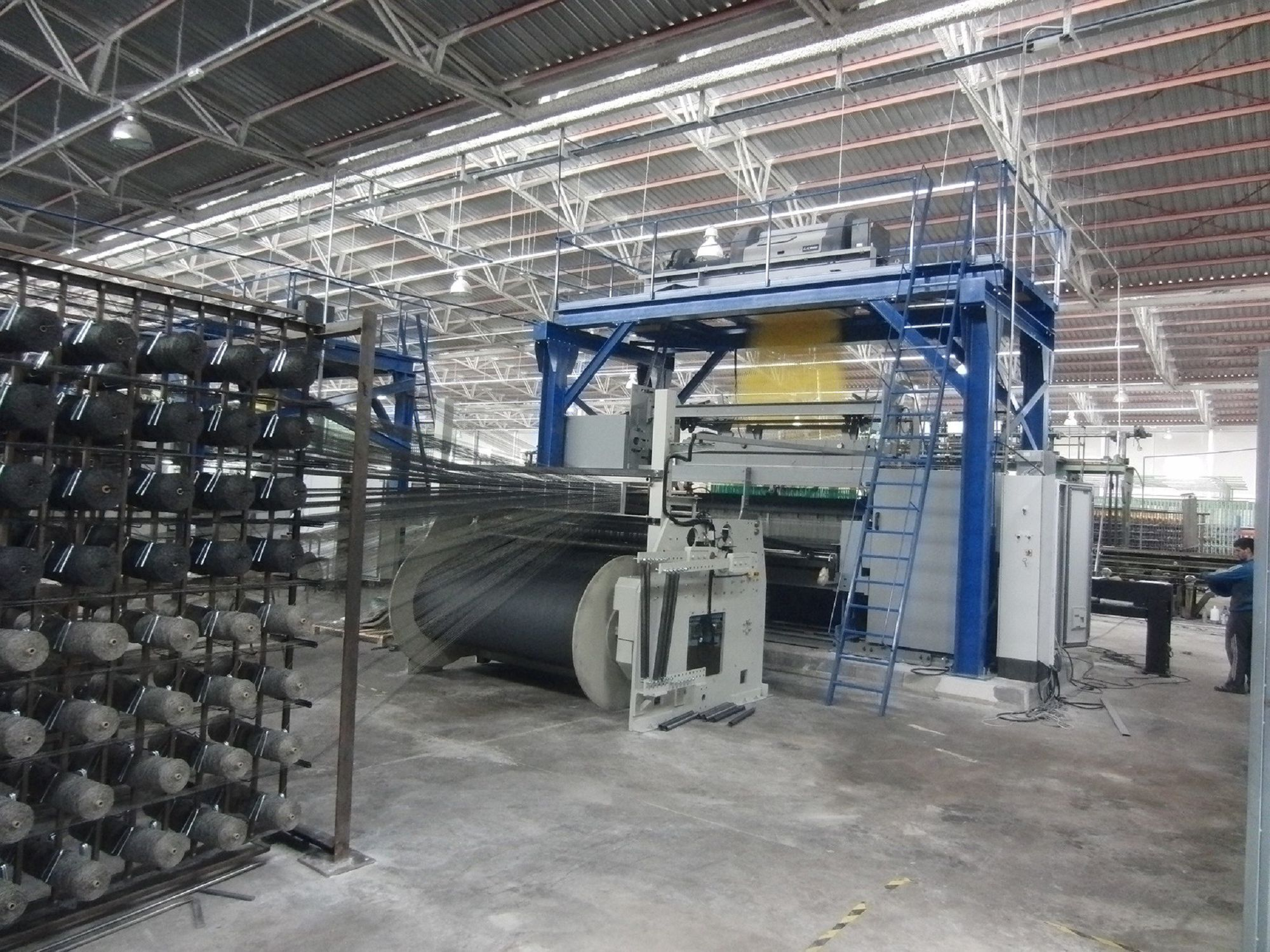 Carpet weaving machine / jacquard