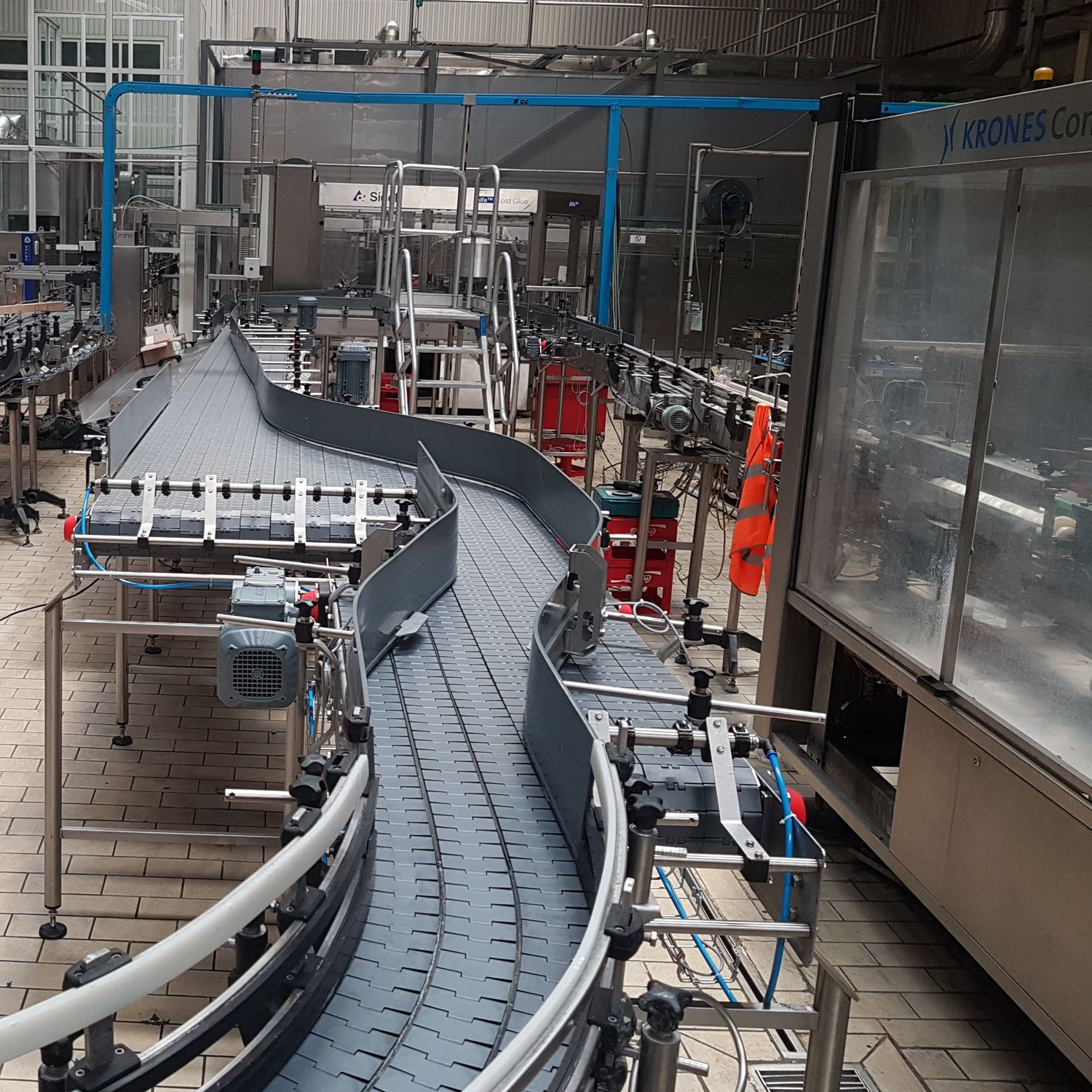Transport conveyor system / beverage / for the food industry