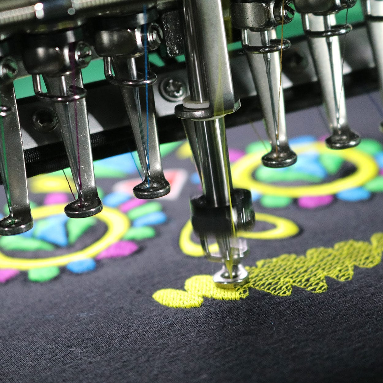 Single-head embroidery machine / for caps / 15 needles - MT