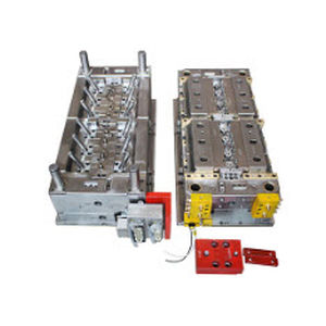 Multi-cavity plastic injection mold / technical parts / aesthetic