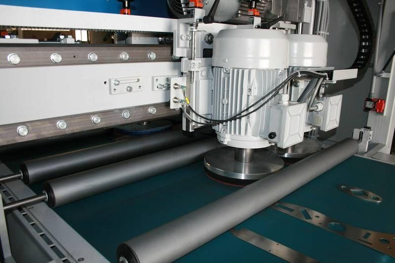 Edge rounding deburring machine / for sheet metal