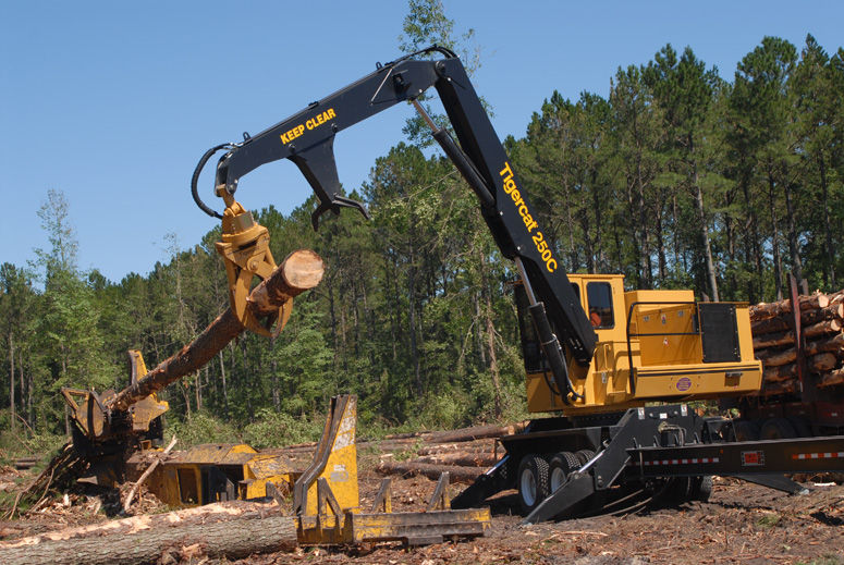 Swing-arm log loader / mobile - 250D - Tigercat - Videos