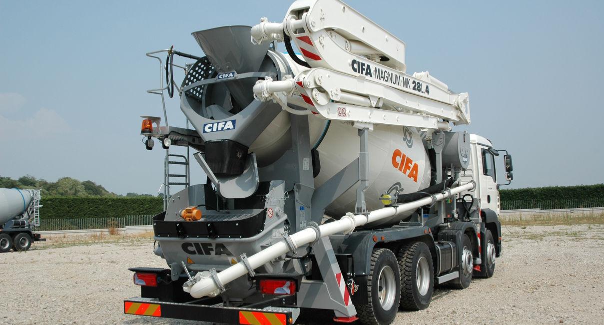 Concrete truck-mixer concrete pump - MK 28L - CIFA S p A