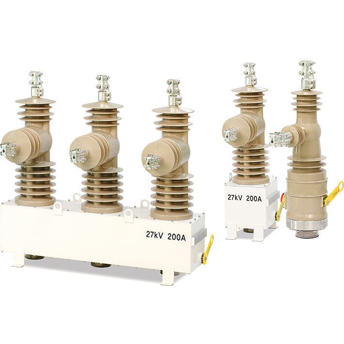 Detuned capacitor bank disconnect switch / automatic / three