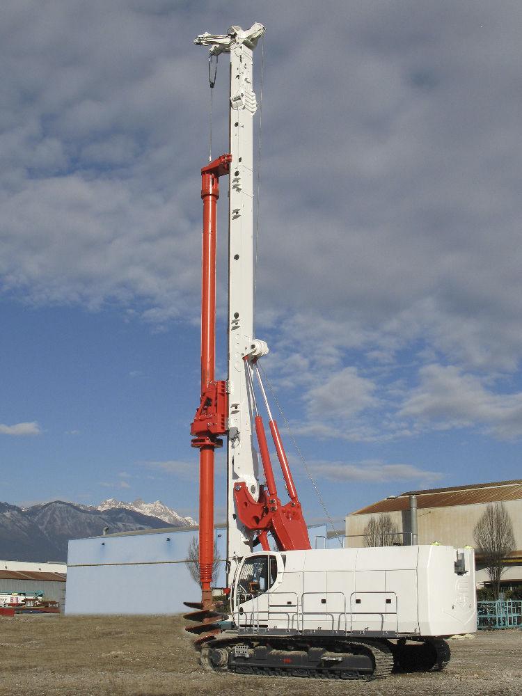 Piling drilling rig / crawler / rotary / hydraulic - B250 XP-2