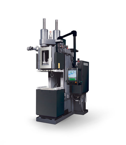 Vertical injection molding machine / hydraulic / for