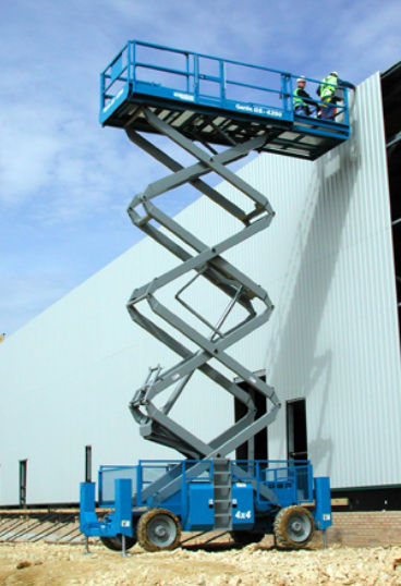 Self-propelled scissor lift / rough terrain / for