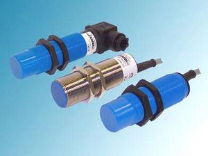 capacitive proximity sensor / cylindrical / waterproof