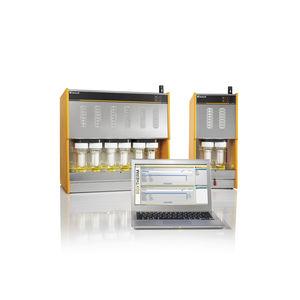Soxhlet extractor / laboratory