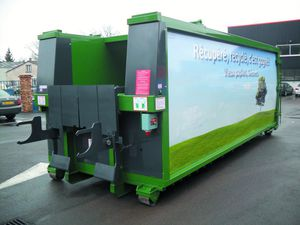mixed waste compactor