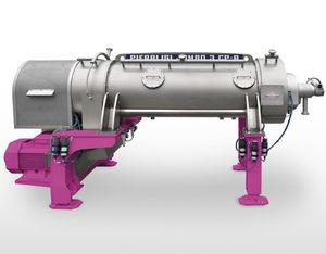 centrifugal decanter