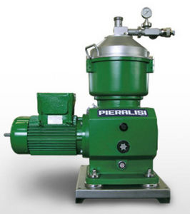 centrifugal separator / for the petroleum industry