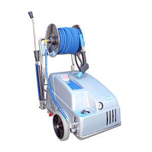 high-pressure cleaner