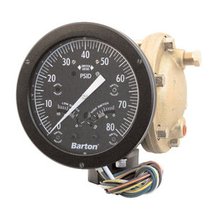 liquid pressure switch / differential / high-precision / with display