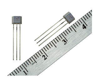 Hall effect magnetic field sensor