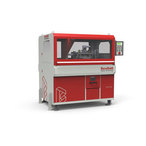 automatic punching machine / hydraulic / for aluminum profiles / for plastic profiles