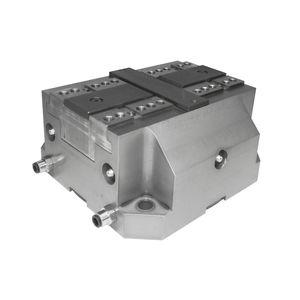 universal vise / hydraulic / low-profile / self-centering