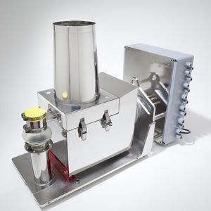 laboratory loss-in-weight feeder