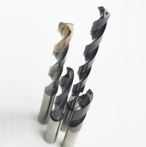 Flute Length 62 mm Reinforced Shank Cutting Diameter 5.6 mm Total Length 104 mm Dormer R4595.6 ForceX Solid Carbide Drill