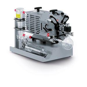 diaphragm vacuum pump / lubricated / single-stage / chemical-resistant
