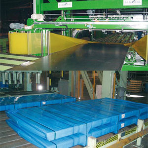 horizontal wrapping machine / fully-automatic / for the steel industry / steel sheet metal