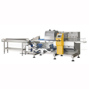 horizontal bagging machine / flow-pack / for the medical industry / for the cosmetics industry