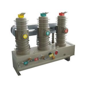 three-phase switchgear