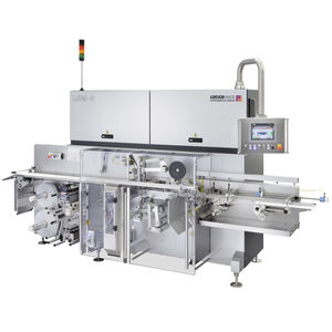 fold wrapping packaging machine / automatic / for chocolate products / for the baking industry