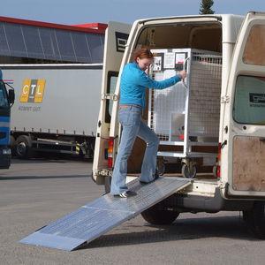 utility vehicle loading ramp