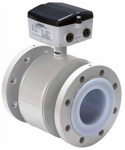 electromagnetic flow meter / for chemicals / flange / PTFE