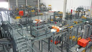 pallet conveyor system / for production lines / for finished goods / bulk