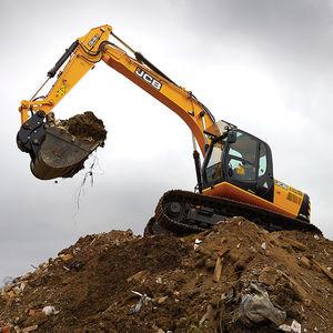 large boom excavator