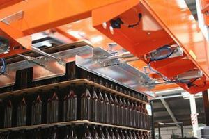 depalletizer for the food and beverage industry / box / for cans / for glass bottles