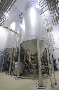 stainless steel silo / cone-bottom / for powders / for granulates