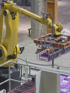 articulated depalletizer / robotic