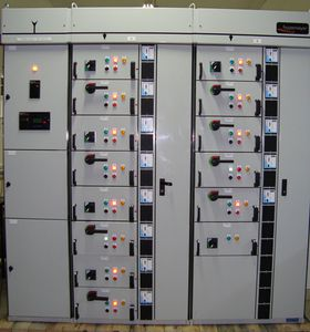 modular switchboard / for industrial applications